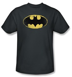 Batman T-Shirt - Distressed Shield Adult Charcoal Tee