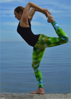 Image of Ladies Tie Dye Leggings - Moss Green